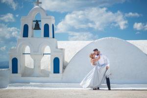 Piekne zdjęcie ślubne na Santorini