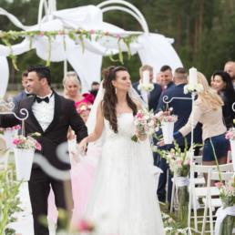 ślub cywilny w plenerze w sulęczynie